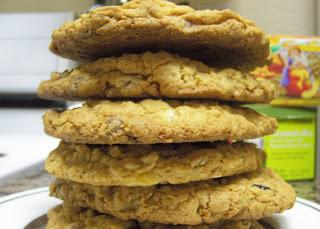 Delicious Oatmeal Raisin Cookies-oatmeal-jpg