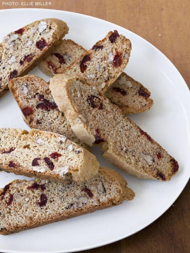 Cranberry Pecan Biscotti-fnmcranberrypecanbiscotti_s3x4_lg-jpg